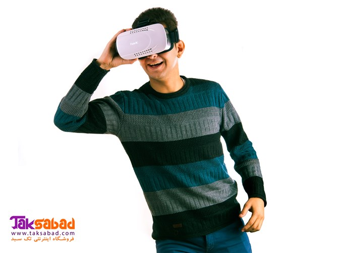 واقعیت مجازی هویت